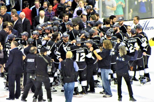 kings-leaving-ice-after-2012-victory