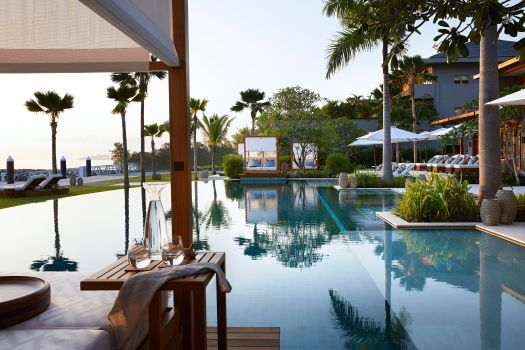 seychelles-l-escale-resort-main-swimming-pool