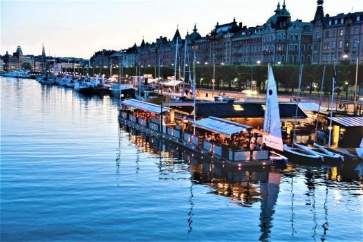 stockholm-restaurant-summer-evening