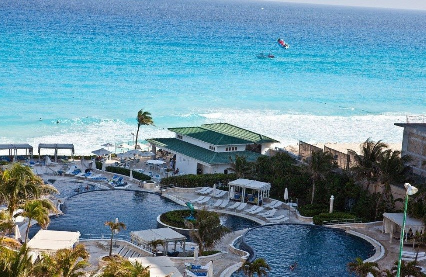 Best Mexico Beach Resorts All Inclusive - Le Meridien Cancun Resort and Spa
