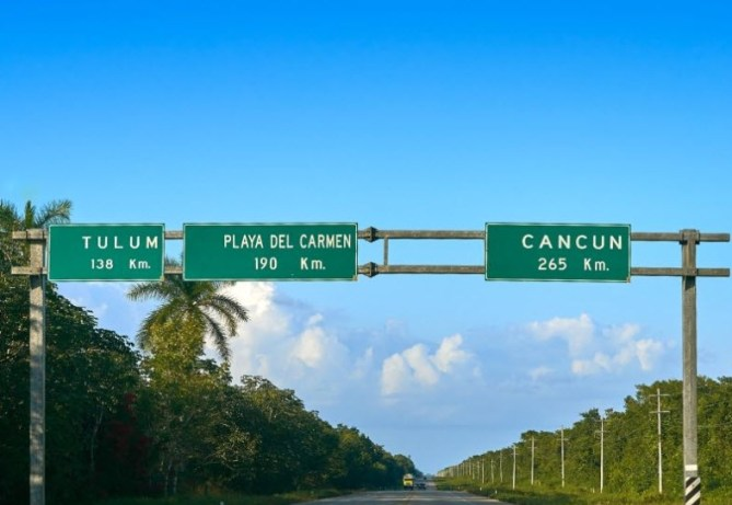 How Far is Cancun From Tulum by car