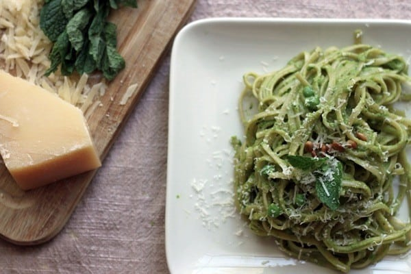 Mint pea pesto linguine07