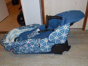 Le hamac seul + le châssis compacté