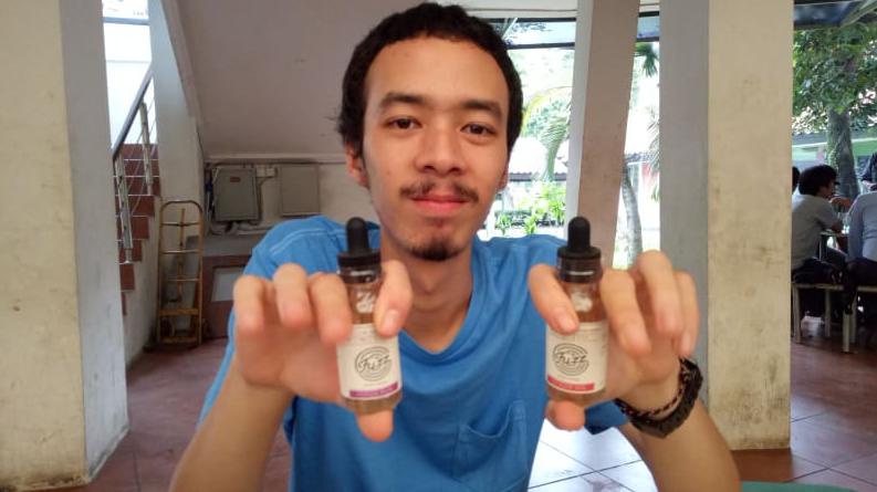 Jualan Liquid Vapor Jadi Pilihan Bisnis Tokcer, Lho!