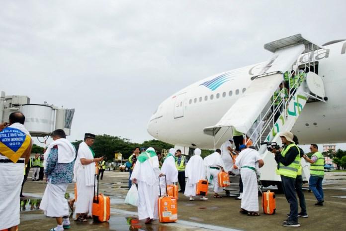 Jemaah Calon Haji Kloter Pertama Embarkasi Aceh Tiba di Tanah Suci