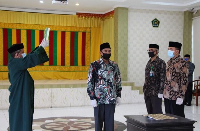 Menag Fachrul Razi Lantik Iqbal Sebagai Kakanwil Kemenag Aceh