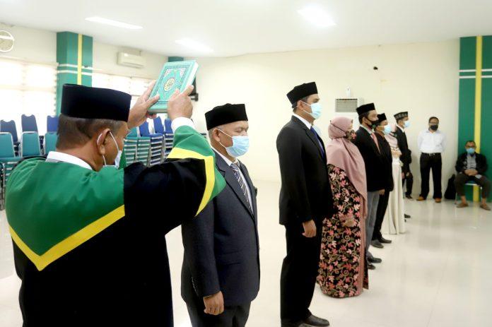 Rektor UIN Ar-Raniry Lantik Delapan Pejabat Baru