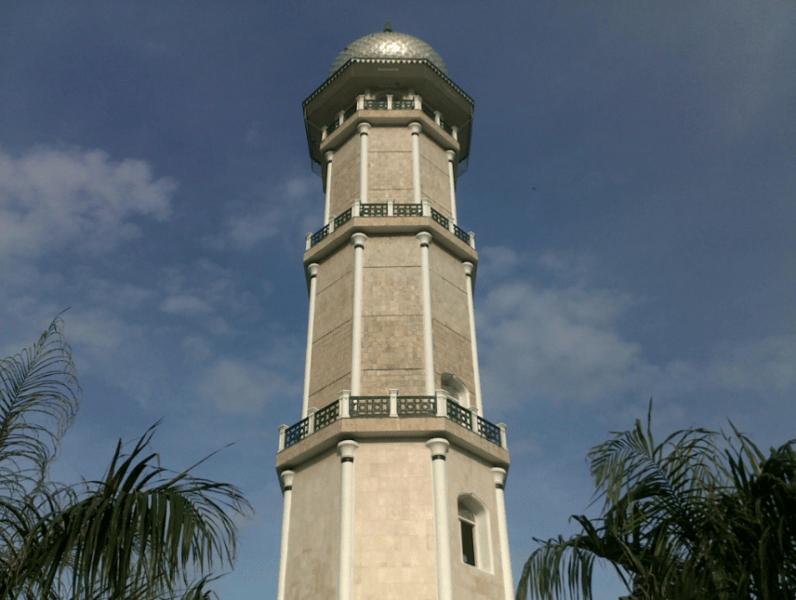 tower masjid raya