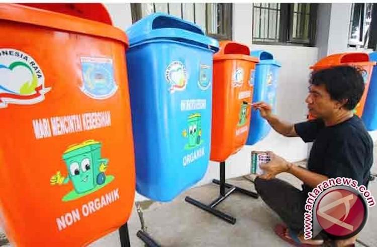 Pelajar di Banda Aceh Dilatih Kelola Sampah
