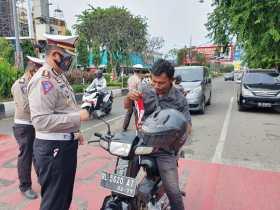 Pengguna jalan diminta patuhi protokol kesehatan menggunakan alat pelindung diri