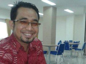 Profesor Ilmu English Language Research