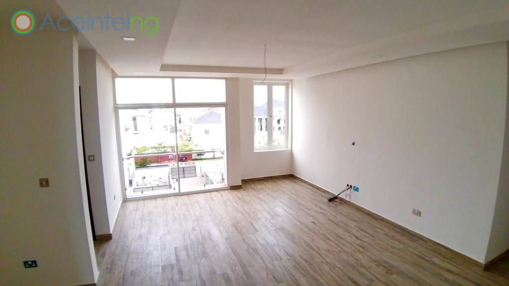 3 bedroom flat for sale in banana island ikoyi (New)