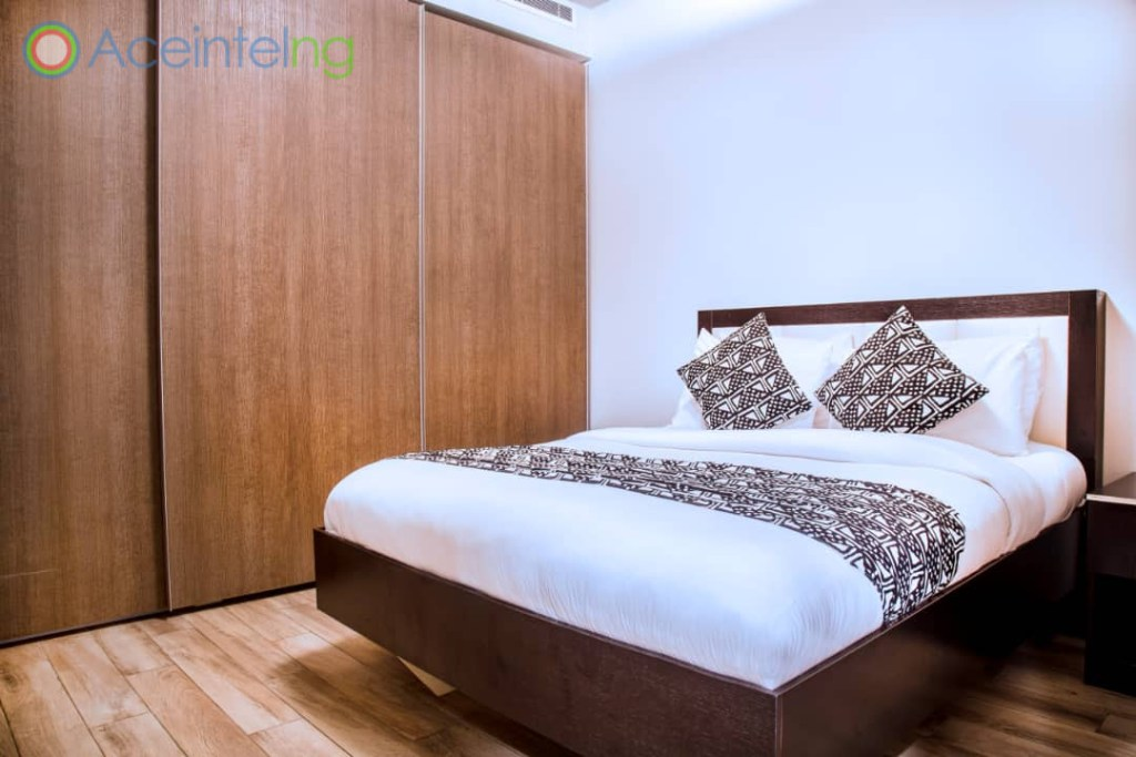 2 bedroom apartment for short let in Eko atlantic city - bed view 2
