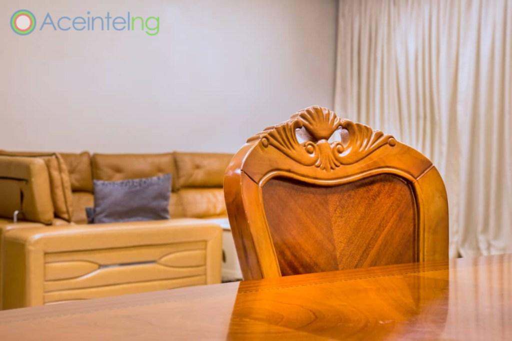 2 bedroom apartment for short let in Eko atlantic city - dinning chair