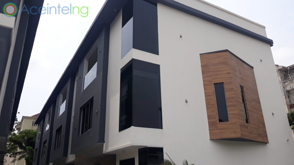 4 bedroom duplex for sale in Victoria Island Lagos Nigeria - front view