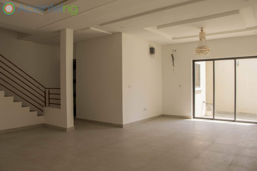 4 bedroom Semi detached duplex for sale in pinnock beach osapa lekki lagos - living area