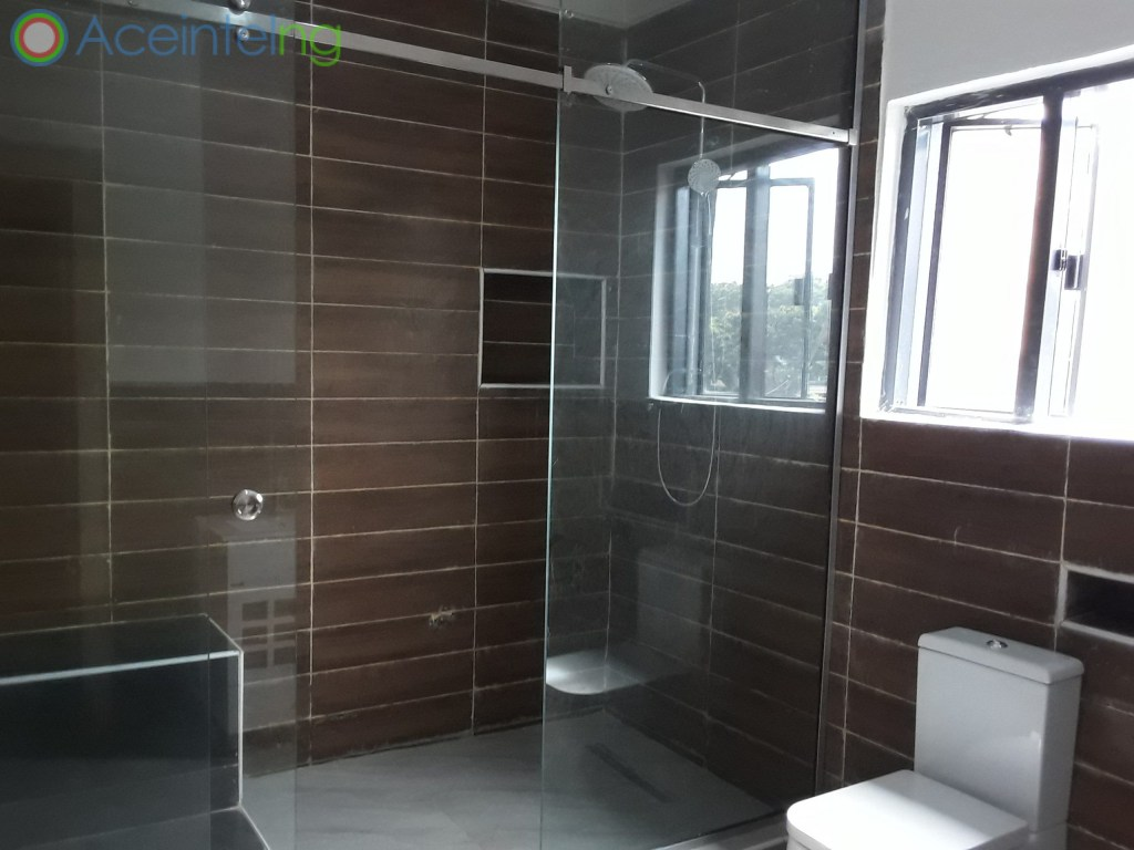 3 bedroom flat for sale in Ikoyi Lagos Nigeria - Bathroom