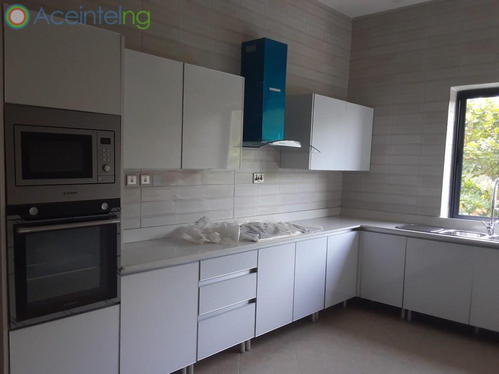 5 bedroom duplex for rent in banana Island ikoyi - kitchen
