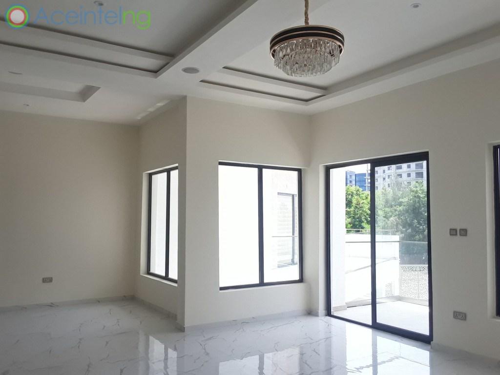 5 bedroom duplex for rent in banana Island ikoyi - living room 2