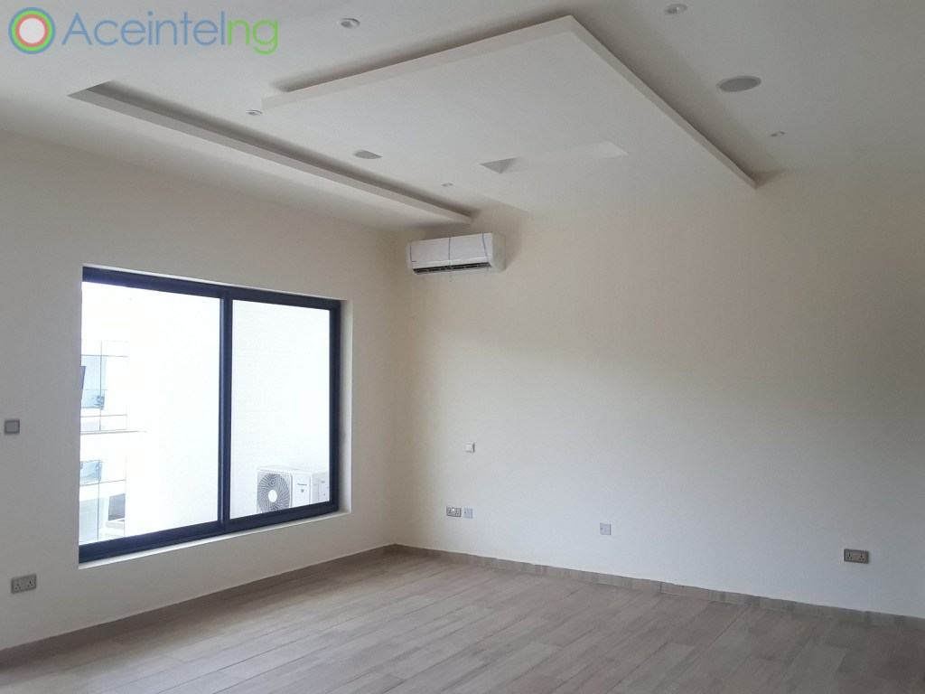 5 bedroom duplex for rent in banana Island ikoyi - masters bedroom