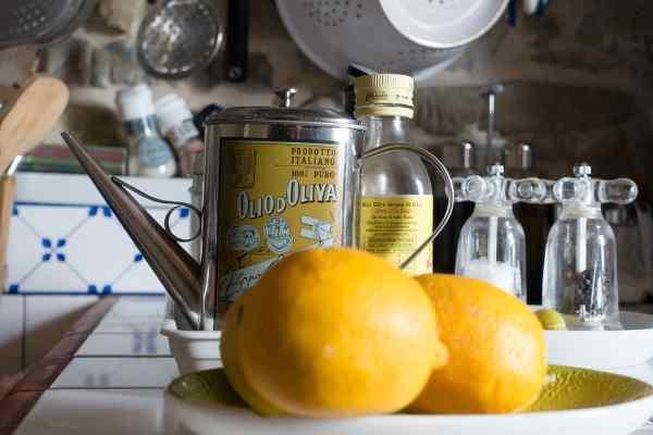 como hacer aceite esencial de limon