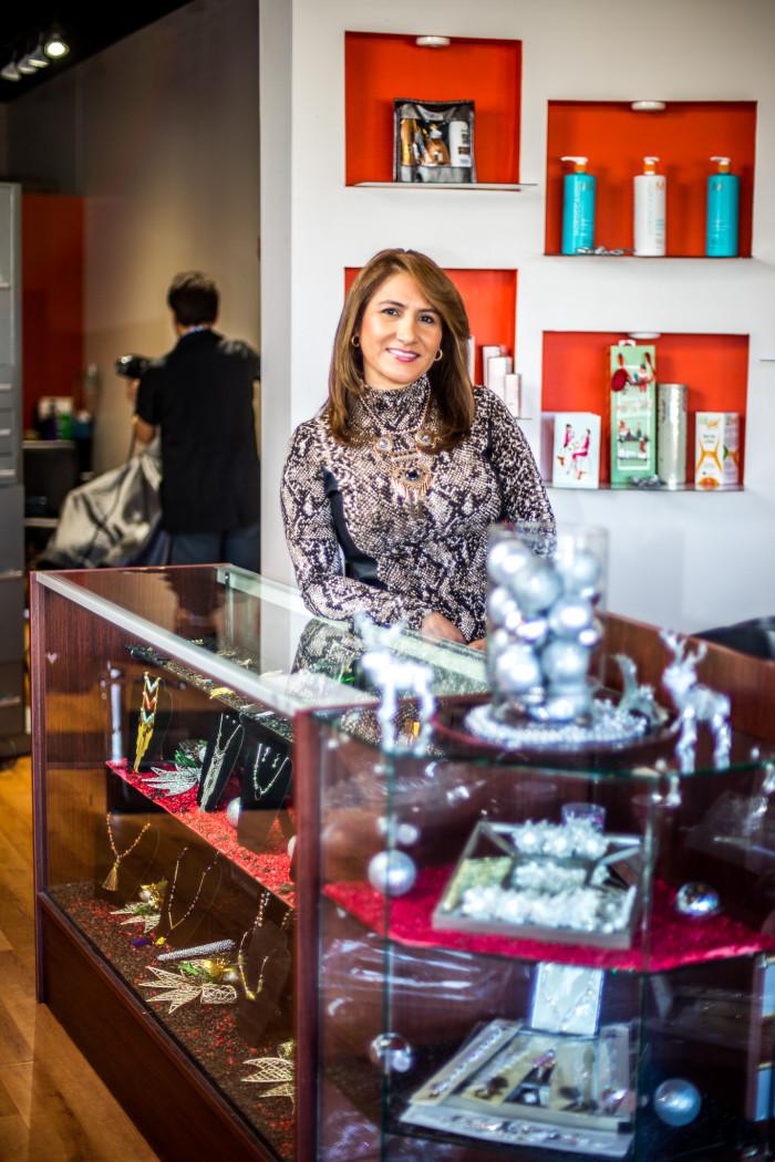 Alexandra Izurieta, Hair Studio & Boutique