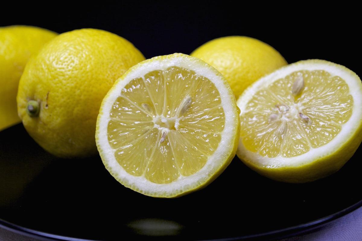 è succo di limone e acqua buona per la perdita di peso