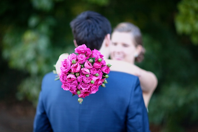 pink-barroness-garden-rose-wedding-bouquet