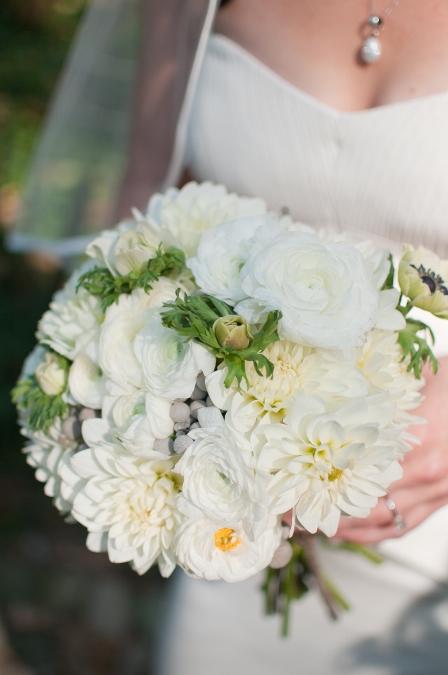 white-dahlia-wedding-bouquet