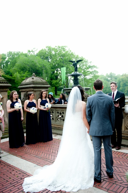 spring-wedding-at-bethesda-fountain (12)