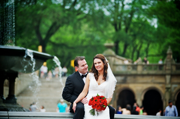 spring-wedding-at-wagner-cove-central-park-13