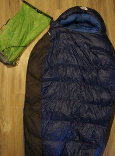 18L e-Vent sil compression dry sack and TNF Blue Kazoo