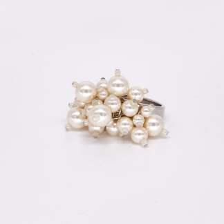 Acs Acessories Pacskshots Small Perls Ring