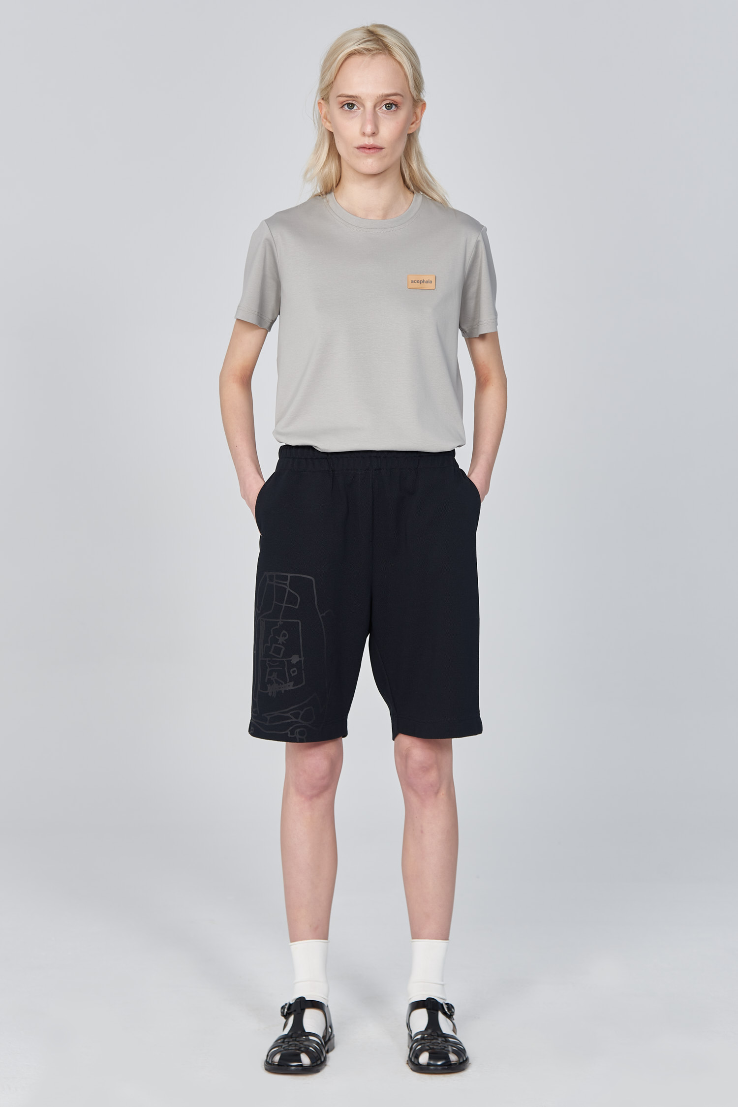 Acephala Ss21 Bermuda Shorts With Graphic Print Front Relaxed