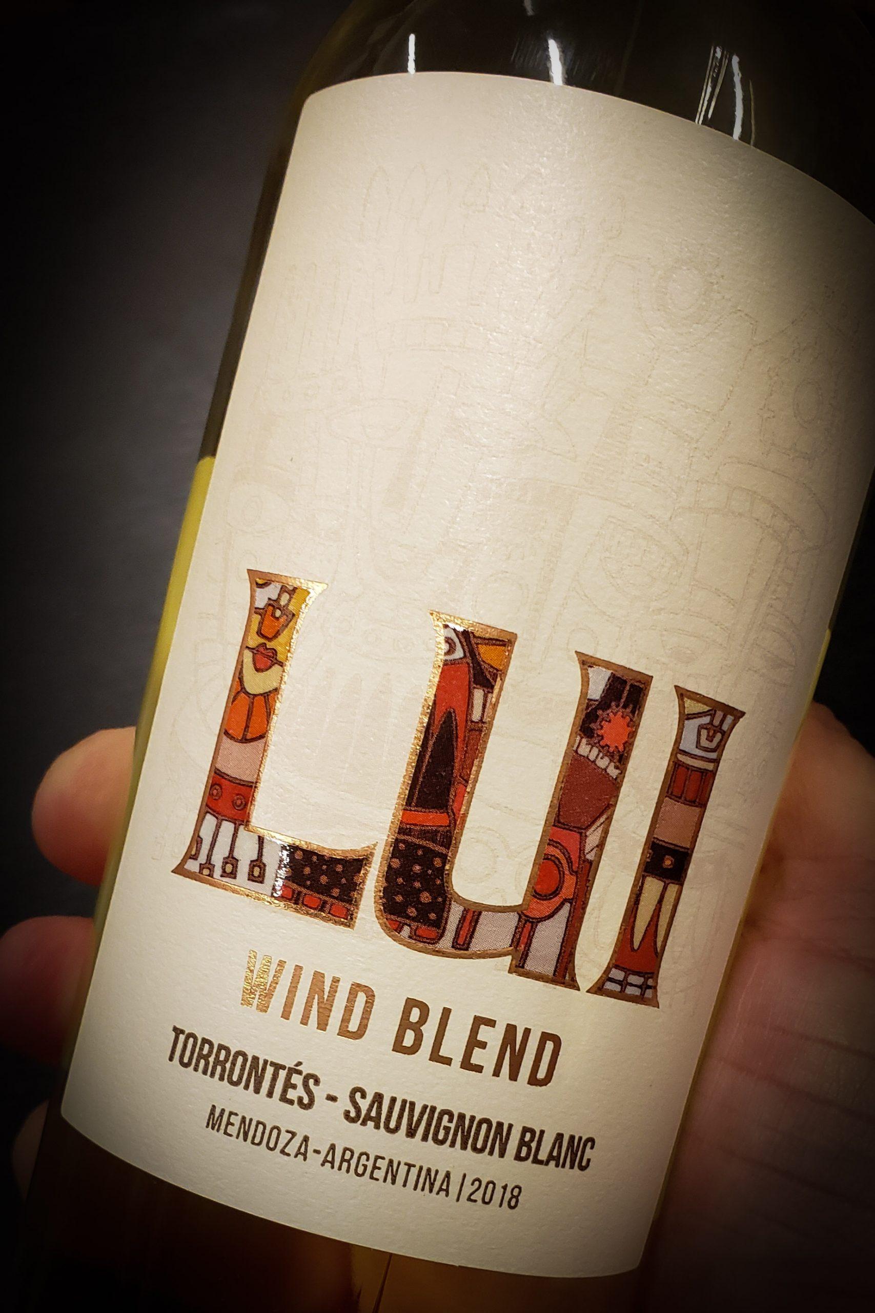 12 vinos de la primera góndola de la izquierda 6