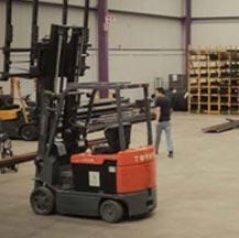 Nuestra comercializadora de aceros y metales invierte constantemente en el mejoramiento de nuestros equipos para optimizar sus pedidos.