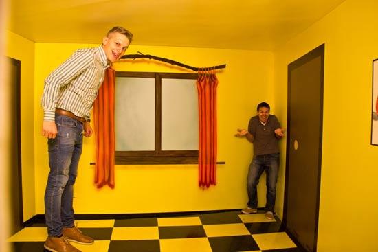 Resultado de imagen de museo de ilusiones