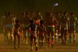 """XINGU/MT /07/98 - ALDEIA CAMAYURA, DO ALTO XINGU, DURANTE A FESTA DO KUARUP, REALIZADA NA ALDEIA, EM HOMENAGEM AOS SERTANISTAS CLAUDIO E ORLANDO VILLAS-BOAS. A FESTA DO KUARUP E UMA CERIMONIA RELIGIOSA PARA LIBERTACAO DOS ESPIRITOS DOS MORTOS HOMENAGEADOS E A PASSAGEM DAS SUAS ALMAS PARA A """"ALDEIA DAS ESTRELAS"""", CONFORME CRENCA DOS POVOS INDIGENAS DO XINGU. (FOTO/ERALDO PERES/ Photoagência/Acervo H."""