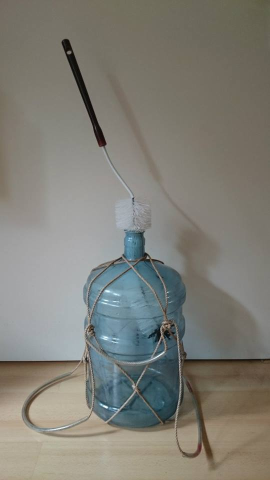Het vat schoonmaken voor gebruik