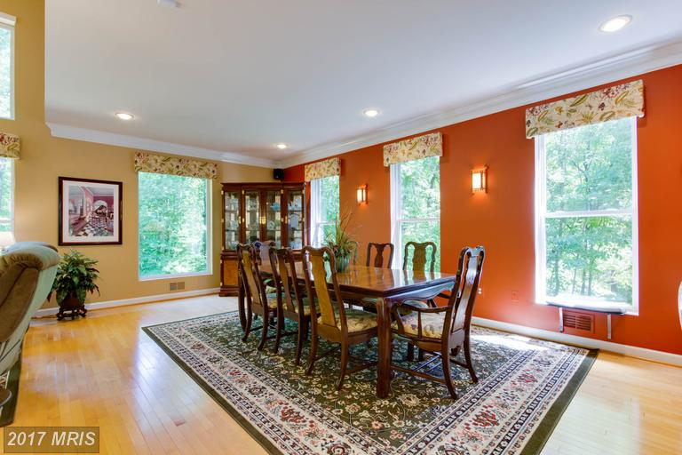 12712 Melville Lane, Fairfax, VA -  Dining Area