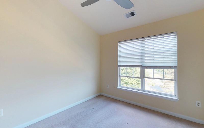 12943 Wood Crescent Circle, Herndon - Bedroom 2