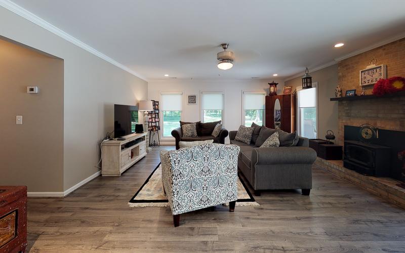 7712 Frances Drive, Alexandria  - Family Room