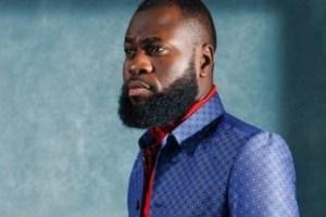 Popular comedian, Lasisi Elenu Slams Nigerian lecturers in New skit