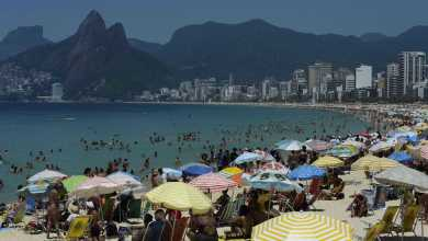 Photo of Cariocas aproveitam a praia no primeiro fim de semana do verão