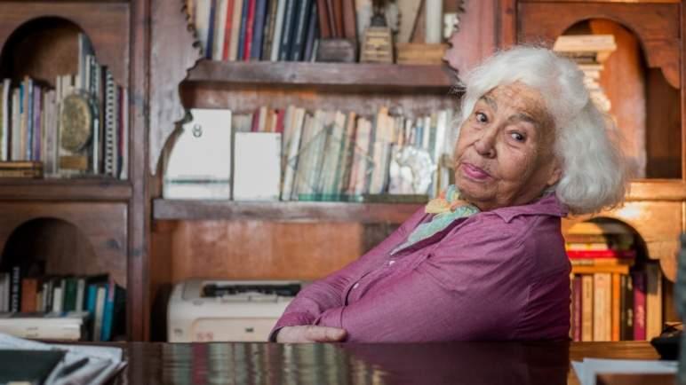 وفاة الكاتبة المصرية نوال السعداوي
