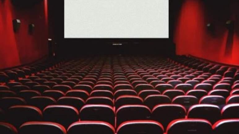 دعوات متجددة لإعادة فتح المسارح والقاعات السينمائية في ضوء التحسن الملحوظ لمؤشرات الجائحة