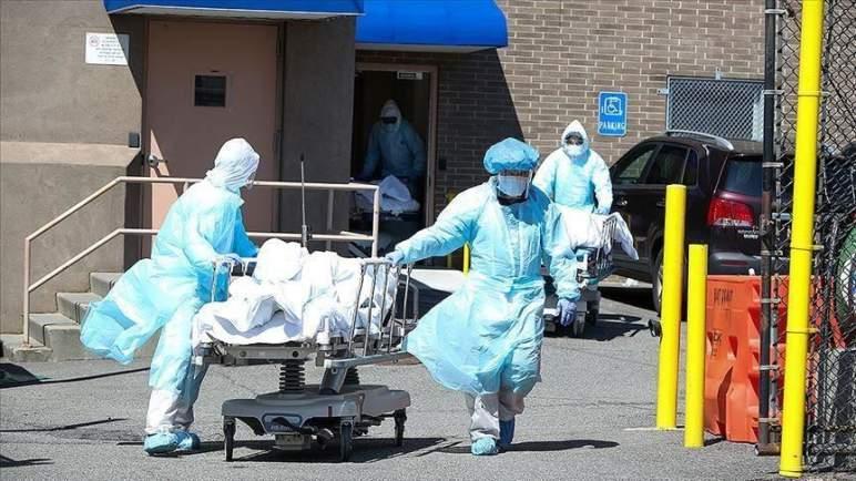 أمريكا تسجل أكثر من 1000 وفاة ب (كورونا) في يوم واحد