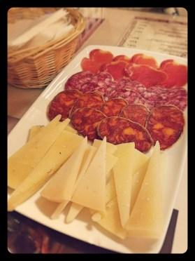 Madrid Tapas Trip Meats & Cheese - acheckedbag.wordpress.com