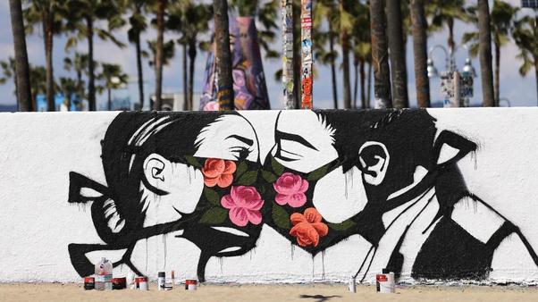 Street Art Covid et Immobilier Coronavirus acheter en Espagne 04