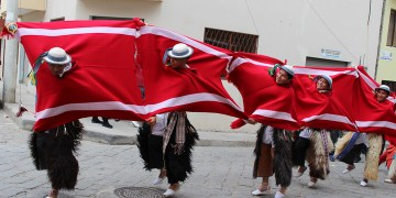 Desfile folclórico
